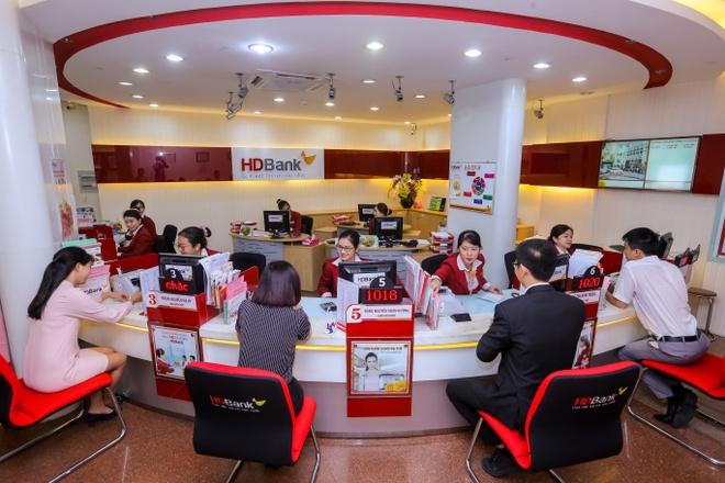 Bao cao thuong nien 2017 HDBank dat giai cao nhat tai Vision Award hinh anh