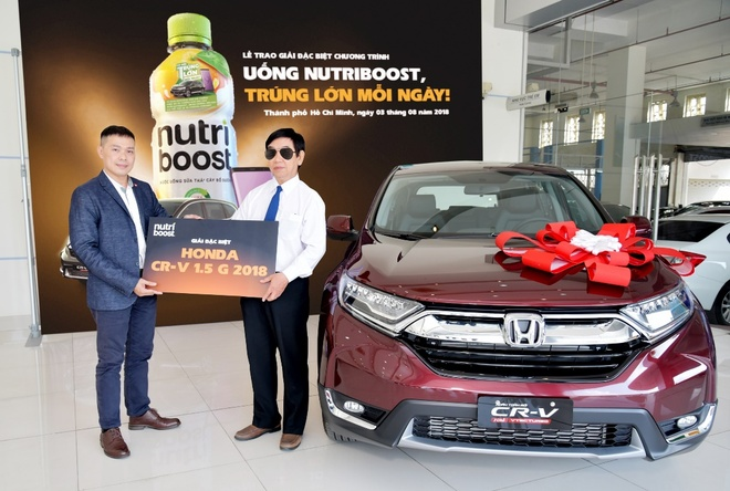 Trung oto hon 1 ty dong nho uong sua trai cay Nutriboost hinh anh 1