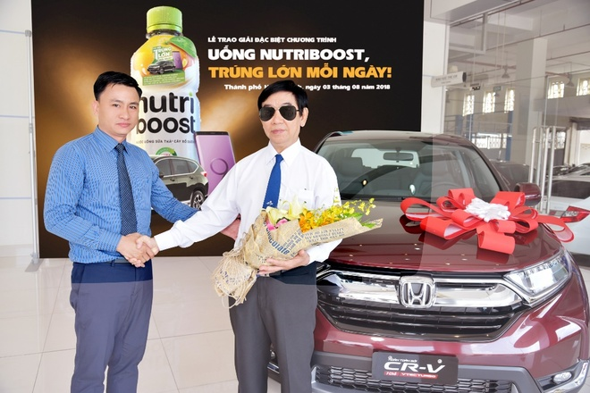 Trung oto hon 1 ty dong nho uong sua trai cay Nutriboost hinh anh