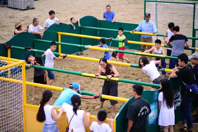 Bich Phuong, Bao Anh het minh cung dem hoi Beach Festival 2018 hinh anh 3