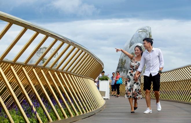 'Hien tuong' Cau Vang thu hut hang trieu luot tim kiem online hinh anh 6