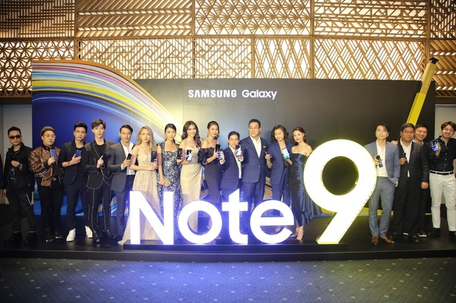 Thanh Hang: 'Galaxy Note9 thong minh va khac biet' hinh anh 1