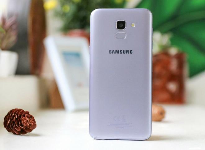 Galaxy J6 Lavender nang cap bo nho trong 64 GB, thiet ke nguyen khoi hinh anh 3