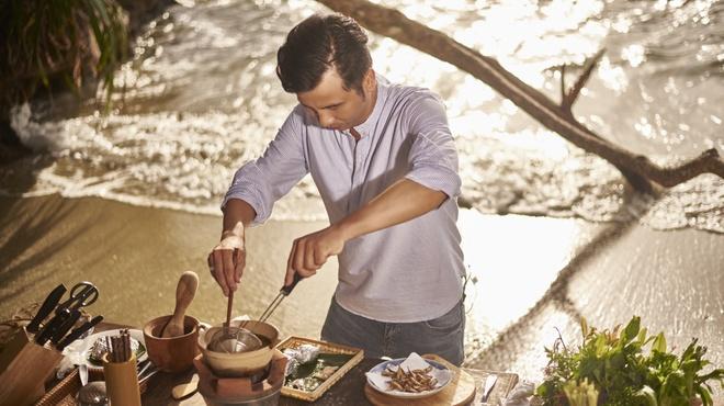 'Top chef' bo nha hang 5 sao ngao du tim cam hung moi hinh anh