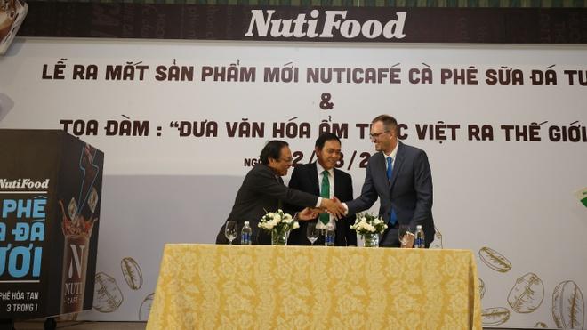 Ket Hop Du Lich Va Vo Co Truyen De Quang Ba Ca Phe Viet Hinh Anh