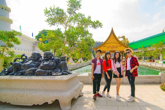 Den Suoi Tien trai nghiem ky nghi vang dip le 2/9 hinh anh 8