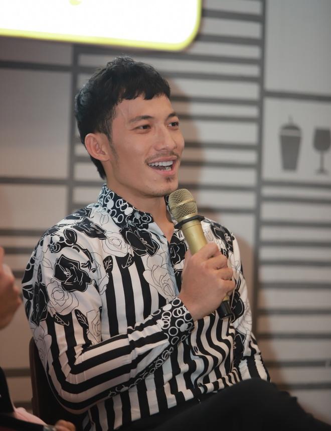 Isaac va Lien Binh Phat bat mi hau truong 'Song Lang' hinh anh 4