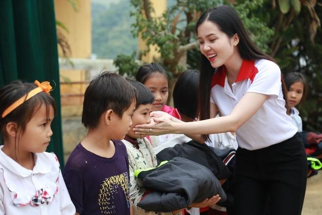 Nguoi dep HHVN 2016: 'Nhan sac la loi the lon trong cong viec' hinh anh