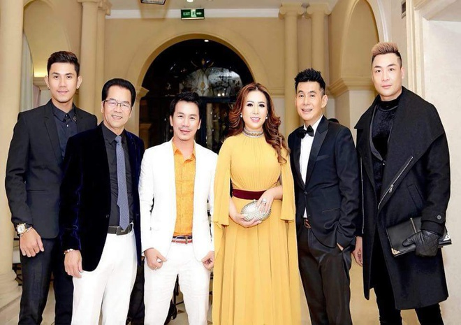 Hoa hau Viet Nam Quoc te 2018 to chuc tiec tri an hinh anh