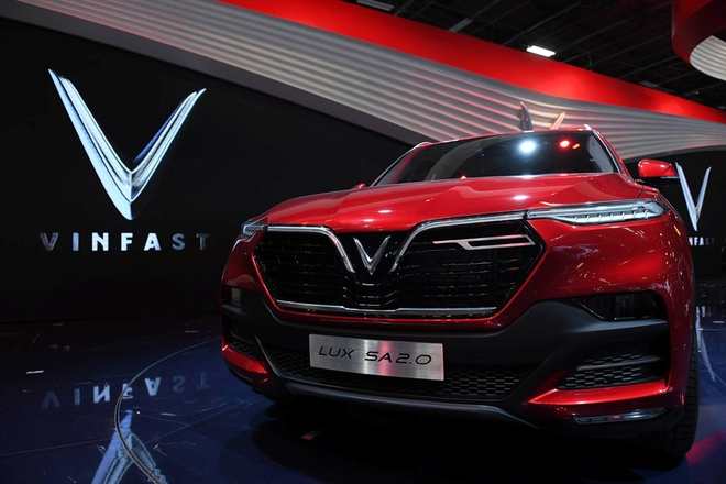 VinFast SUV LUX SA2.0 vao top 8 xe moi 'hot' nhat Paris Motor Show hinh anh