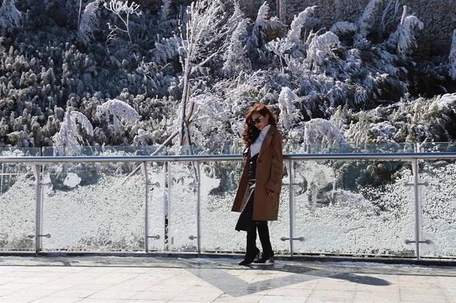 'Thanh pho tren may' Sun World Fansipan Legend chuyen mau qua 4 mua hinh anh 4