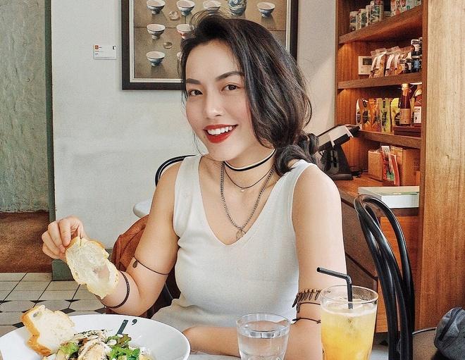 Hanh trinh 'tu thuc than den nu than' cua travel blogger Ha Truc hinh anh