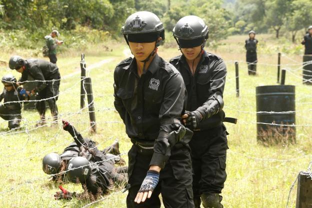 Chien binh the he moi tap 7: Ngoc Hoa mat phong do, 2 hot boy can team hinh anh 3