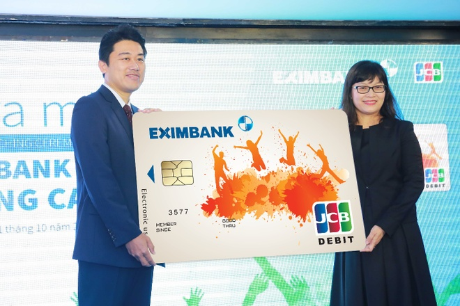 Eximbank ra mat the quoc te Eximbank JCB Young Card hinh anh