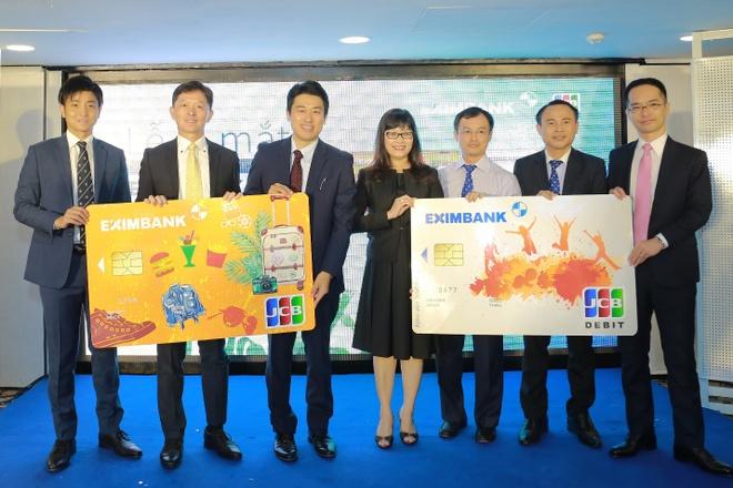 Eximbank ra mat the quoc te Eximbank JCB Young Card hinh anh 2