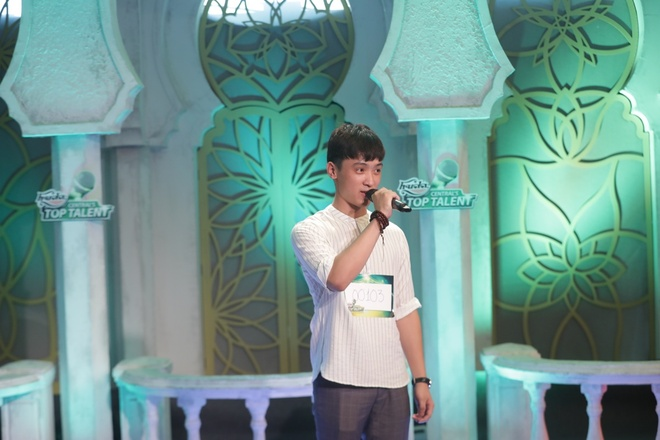 HLV Ha Ho va Mr. Dam an tuong voi thi sinh Huda Central's Top Talent hinh anh 2