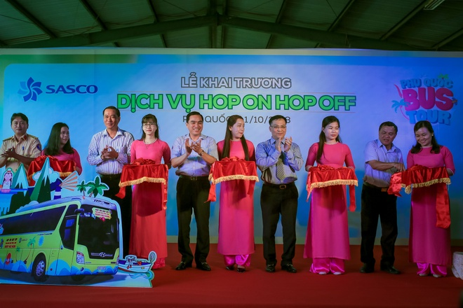 Kham pha dao ngoc Phu Quoc voi dich vu bustour Hop-on Hop-off hinh anh 2