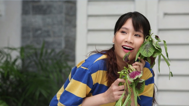 ... 'Ai moi la ba chu'. Trong 20 phút tập một, Thanh Trần đã thể hiện sắc  nét nhân vật Hồng - cô giúp việc lắm chiêu nhưng tình duyên trắc trở - với  các ...