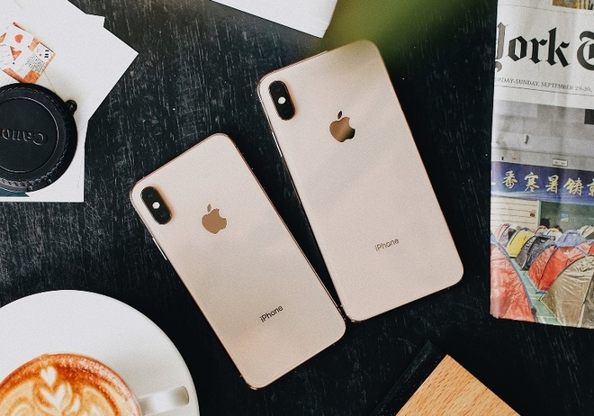 FPT Shop giam 2 trieu cho khach dat truoc iPhone XS, XS Max, XR hinh anh