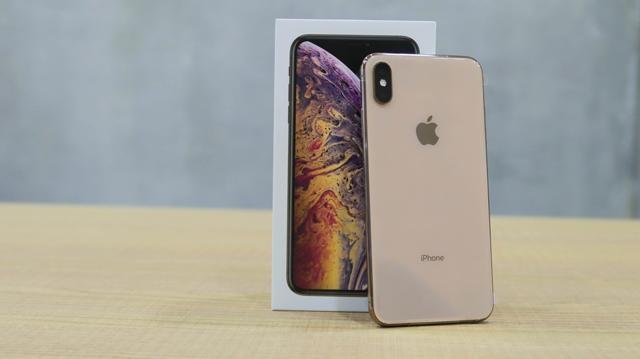 So huu iPhone 7 Plus, X va XS Max re gan nua gia tai Di Dong Viet hinh anh 4