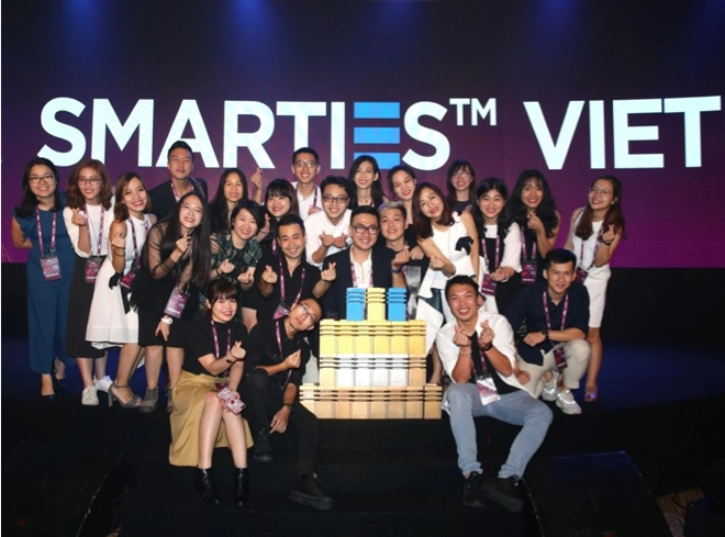 Unilever gianh 24 giai thuong marketing tai Smarties Viet Nam 2018 hinh anh