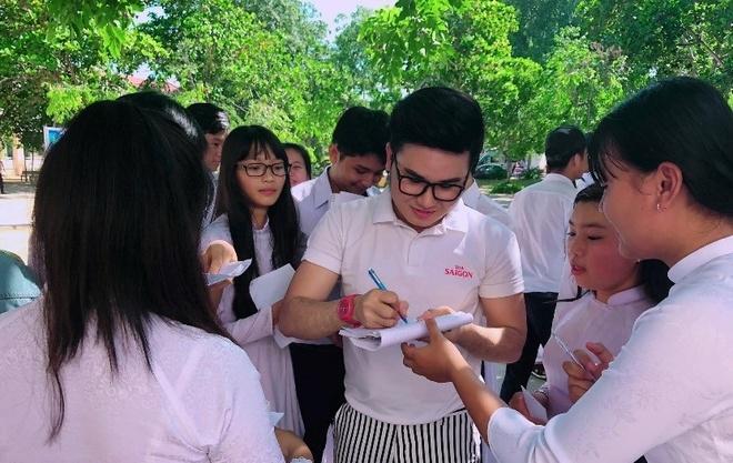 Le Thien Hieu, Tien Cong trao hoc bong tai Binh Thuan, Ninh Thuan hinh anh 3