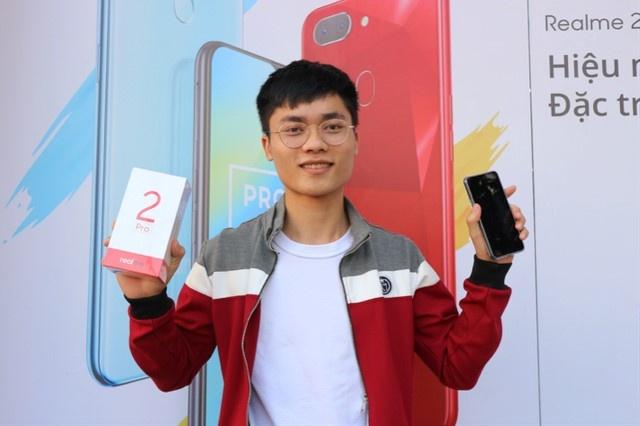 Realme 2 va Realme 2 Pro chinh thuc toi tay nguoi dung hinh anh