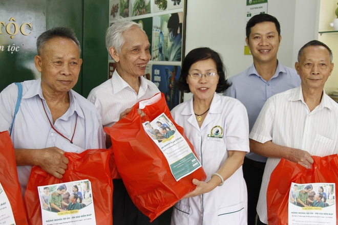 Cong ty CP Nghien cuu & Ung dung Thuoc dan toc vi suc khoe cong dong hinh anh 3