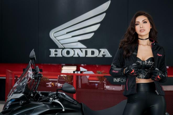 Siêu mẫu Minh Tú xuất hiện cá tính tại 'Honda Asian Journey'