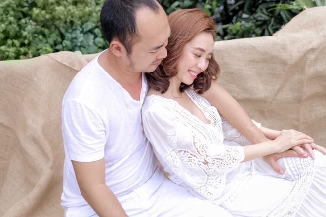Am uc vi Tien Luat ham vui, Thu Trang len mang 'dan mat' hinh anh
