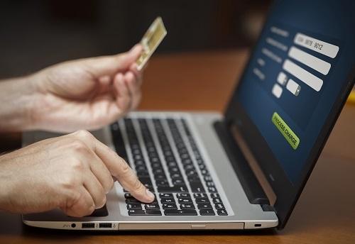 Giải bài toán công nghệ để thành công trong thương mại điện tử