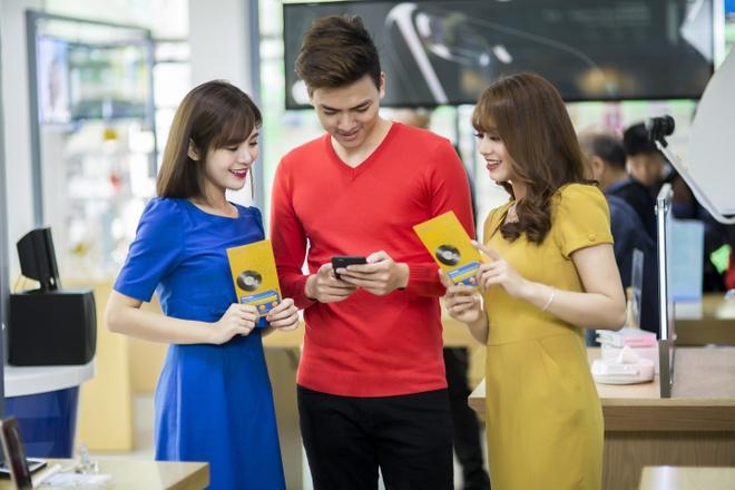 Thuê bao MobiFone đã có thể nạp thẻ bằng cách quét mã QR