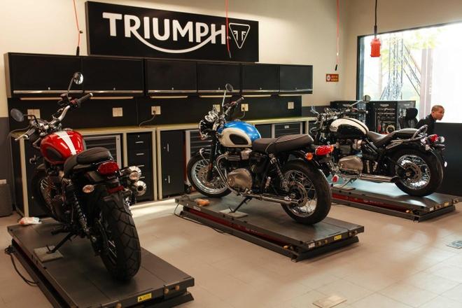 Triumph Motorcycles ra mat dai ly chinh hang tai Ha Noi hinh anh 3