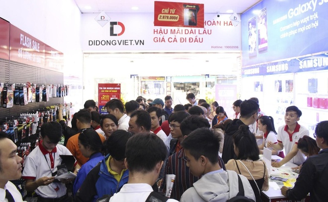 Di Dong Viet bao hanh mot doi mot, roi vo cho iPhone X, XS Max hinh anh 5