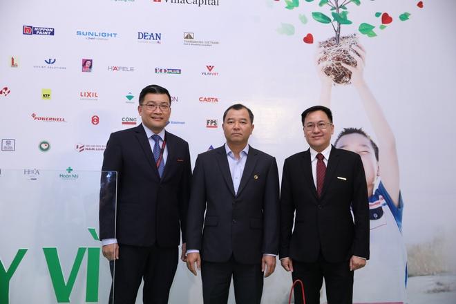 'Chay vi trai tim 2018' - chuong trinh y nghia ho tro tre em hinh anh 2
