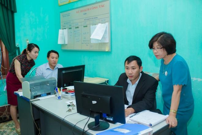 Quang Tri, Gia Lai, Vinh Long ap dung quan ly giao duc 4.0 hinh anh