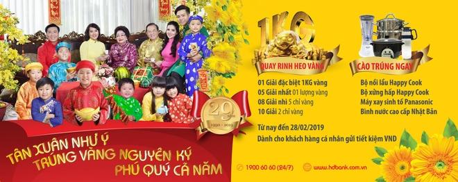 HDBank tang heo vang 1 kg cho khach hang dip tan xuan hinh anh 1