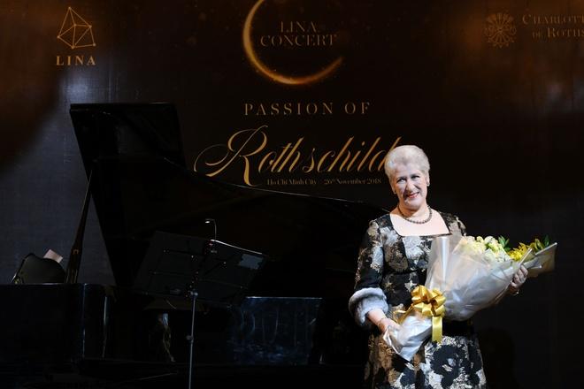 Nu Nam tuoc Charlotte de Rothschild lan dau bieu dien tai Viet Nam hinh anh 1
