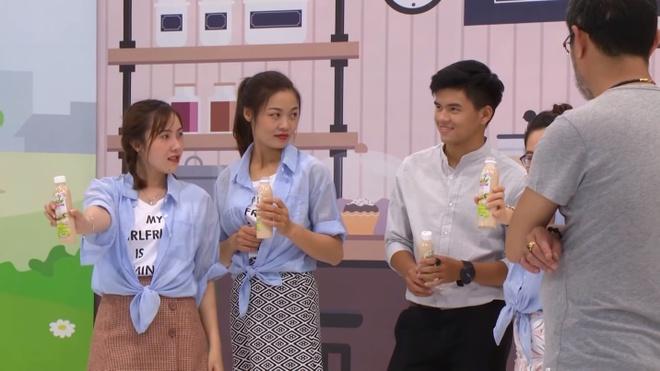 Dan thi sinh dien trai cua chuong trinh startup hut khan gia nu hinh anh 2