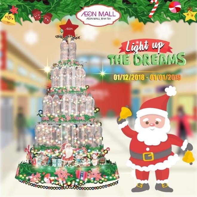 Ong gia Noel tang qua tai AEON Mall Binh Tan hinh anh 3