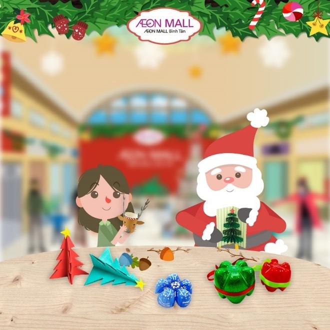 Ong gia Noel tang qua tai AEON Mall Binh Tan hinh anh 4