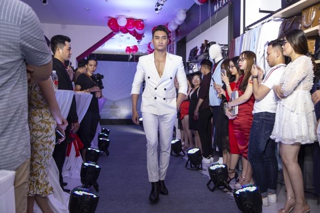 Ca sĩ isaac hội ngộ cùng thời trang 4men cuối 2018 đầu 2019