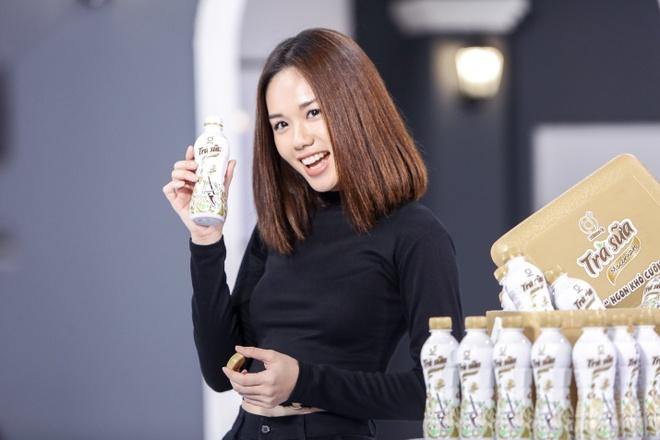 Chuyen gia marketing quoc te lan dau dong hanh cung top 7 The Face hinh anh 2