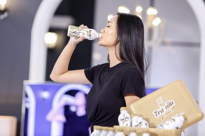 Chuyen gia marketing quoc te lan dau dong hanh cung top 7 The Face hinh anh 5
