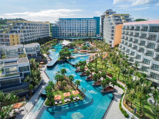 Premier Residences Phu Quoc Emerald Bay uu dai du khach dip nam moi hinh anh 1