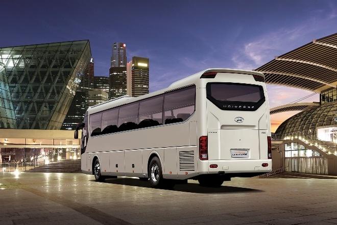 Hyundai Universe anh 3
