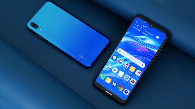 Vi sao Huawei Y7 Pro 2019 la smartphone phu hop cho gioi tre? hinh anh