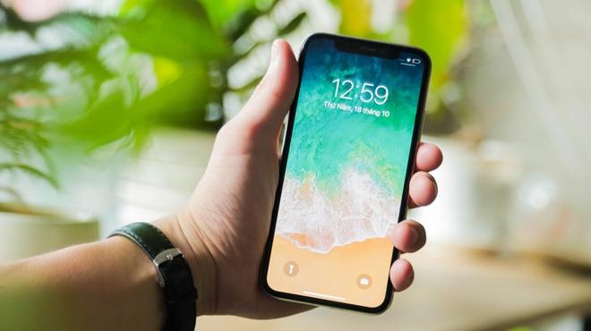 Galaxy Note 9, iPhone X va XS Max ban chay mua Tet tai Di Dong Viet hinh anh 4