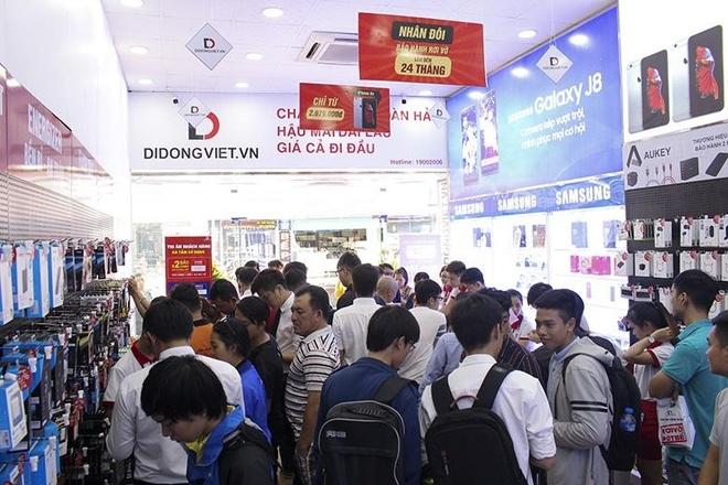 Galaxy Note 9, iPhone X va XS Max ban chay mua Tet tai Di Dong Viet hinh anh 5