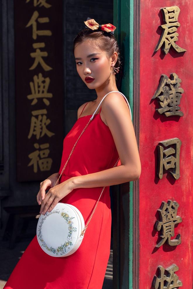 Xu huong mix&match duoc gioi tre yeu thich dip Tet Ky Hoi hinh anh 9